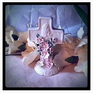 Vintage Porcelain Cross w/3D Flowers